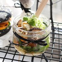 Салат с тыквой, рукколой и выдержанным сыром 109г