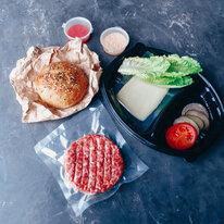 - Заготовка для бургера с котлетой из говядины