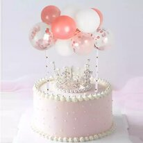 Торт с короной и воздушными шарами 1,5 кг