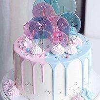 Торт с леденцами и безе 1,5 кг