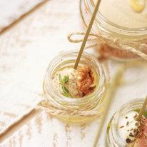 Канапе в мини-баночке с моцареллой, медом и орехами 16г