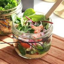 Салат из раков с горчичным соусом