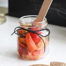Креветки с запеченной морковью и кунжутным маслом