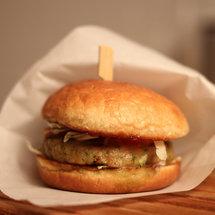 Бургер с куриной котлетой Bankatering