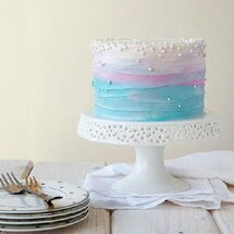 Торт нежно-голубой