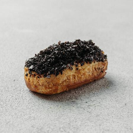 Мини-эклер с кремом из угря
