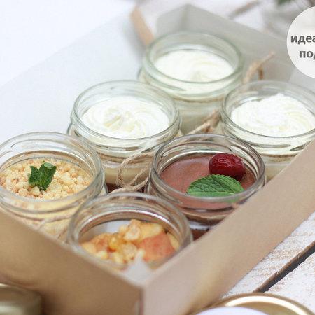 Набор десертов в крафтовой коробке