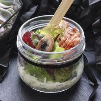 Салат с курицей, грибами и дзадзики
