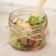 Салат с говядиной и тайским соусом